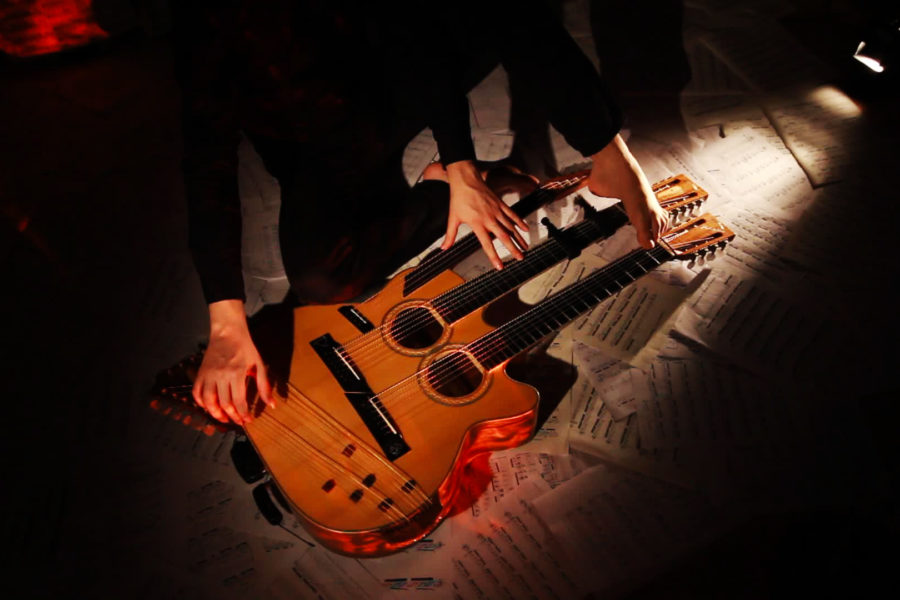 Paolo Schianchi, in arte Schiankowski, il suo Octopus e la chitarra a 49 corde